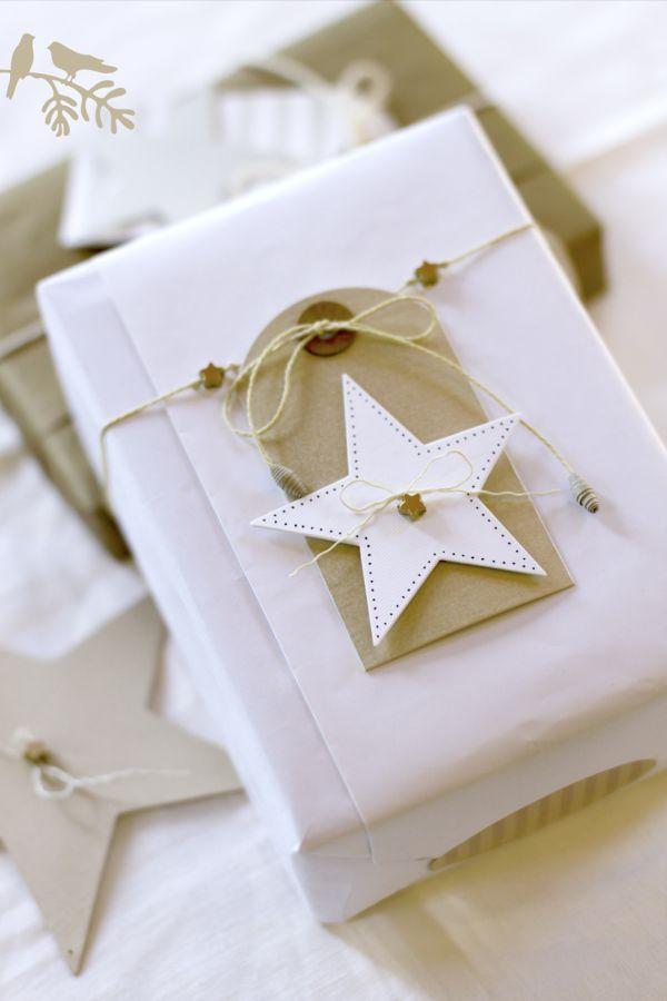 grift-wrap-decor-christmas
